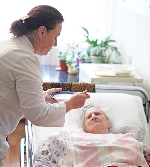 Уход за лежачими больными в питере дом престарелых курская область