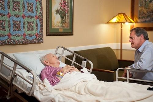 Хоспис для больных с деменцией обязанности палатной санитарки в домах престарелых