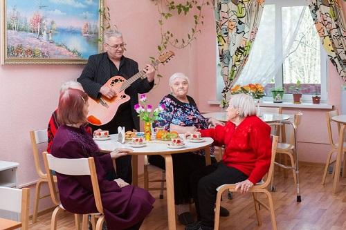 Частный дом престарелых для больных фото стариков в доме престарелых